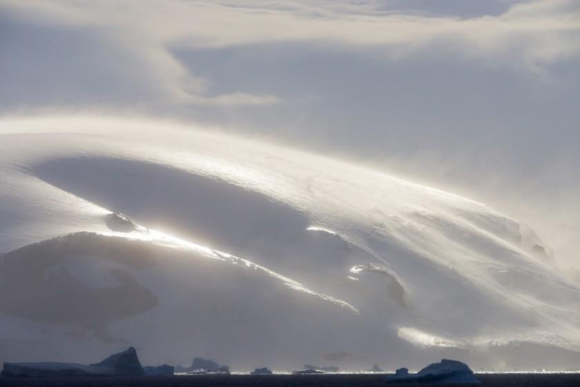 Antarktische Halbinsel · Brown Bluff, Weddellmeer und Antarctic Sund